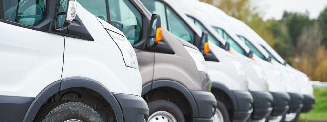 Veicoli commerciali Nissan e Toyota